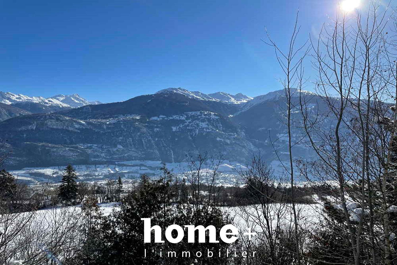 Montana-Village, Villa de 7.5 pièces avec grand jardin et magnifique vue.